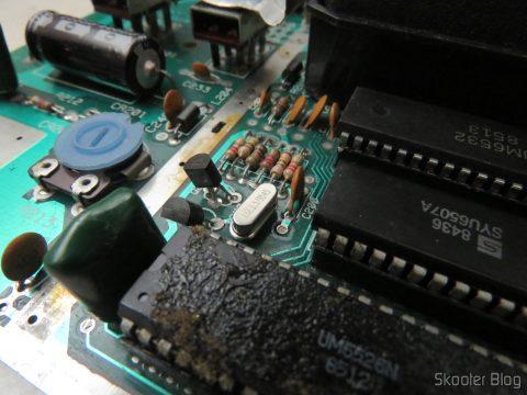 A placa do Atari 2600, após a de-transcodificação. De volta ao NTSC.