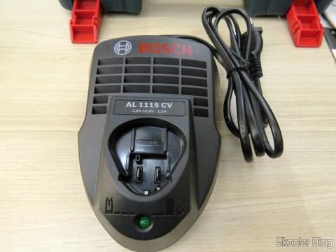 Carregador de Baterias da Parafusadeira-Furadeira à Bateria Bosch 12V GSR 120-LI