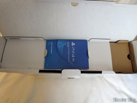 Unpacking the Playstation 4 For.