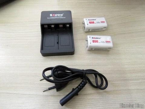 2 Baterias Soshine 9V 6F22 650mAh Recarregáveis Li-Ion + Carregador Inteligente com LED
