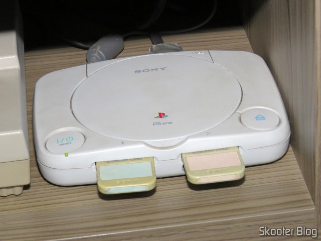 Playstation One, connected to gscartsw_lite v 1.5.