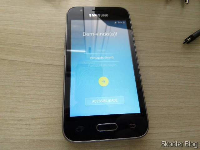 Smartphone Samsung Galaxy J1 Mini Duos, operation.