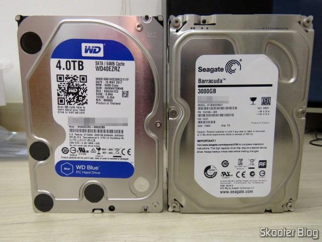 """HDD Western Digital Blue 4TB SATA 3.5"""" beside the dead Seagate 3 TB."""