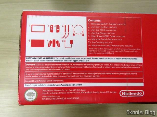A caixa do Nintendo Switch, agora montada corretamente.