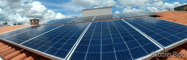 Panorâmica dos Painéis Fotovoltaicos (ignorem a distorção).