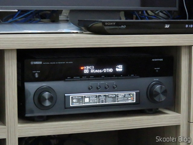 Receiver Yamaha Aventage RX-A870 reproducing content Dolby Atmos / Dolby TrueHD.