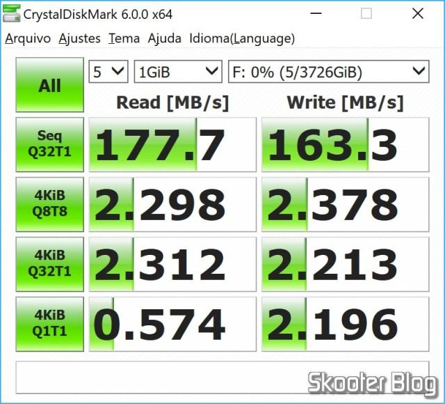 """HDD Western Digital Blue 3.5"""" WD40EZRZ 4 TB in CrystalDiskMark."""