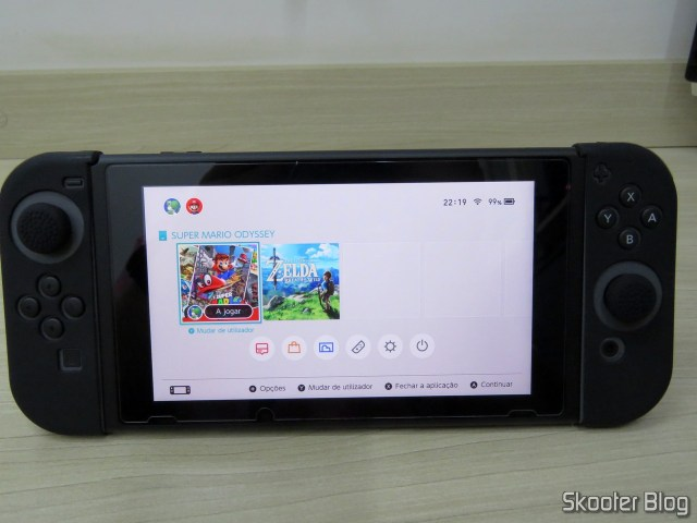 The Tempered glass film applied on Nintendo Switch.