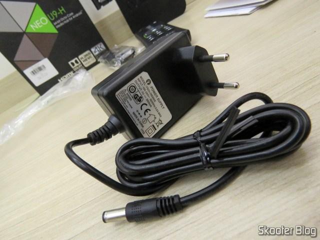 Power supply of the Minix NEO U9-H.