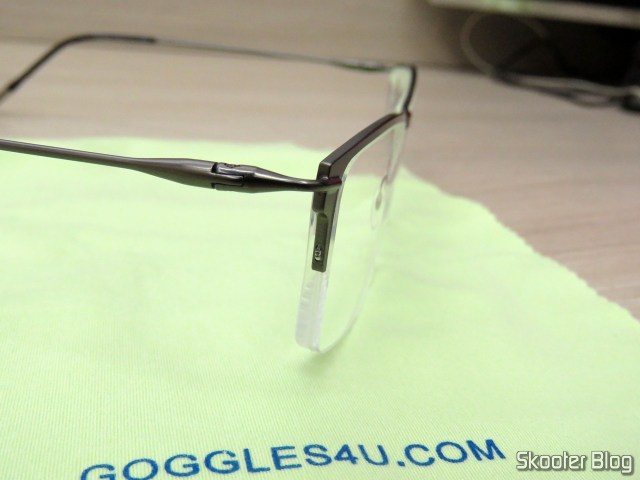 Óculos de Grau com Lente 1.67 Super Fina (G4U Y3229 Rectangle Eyeglasses 124477-c).