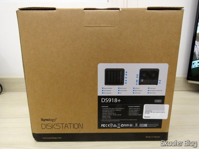 Synology 4 Bay on the DiskStation DS918 + (Diskless), on its packaging.