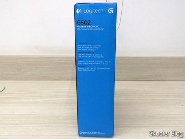 Logitech G502 Proteus Spectrum RGB Tunable Gaming Mouse, em sua embalagem.