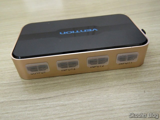 Parte traseira do Switch HDMI Vention VAA-S20.