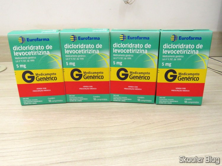 4 Levocetirizine dihydrochloride 5 mg boxes with 10 pills.