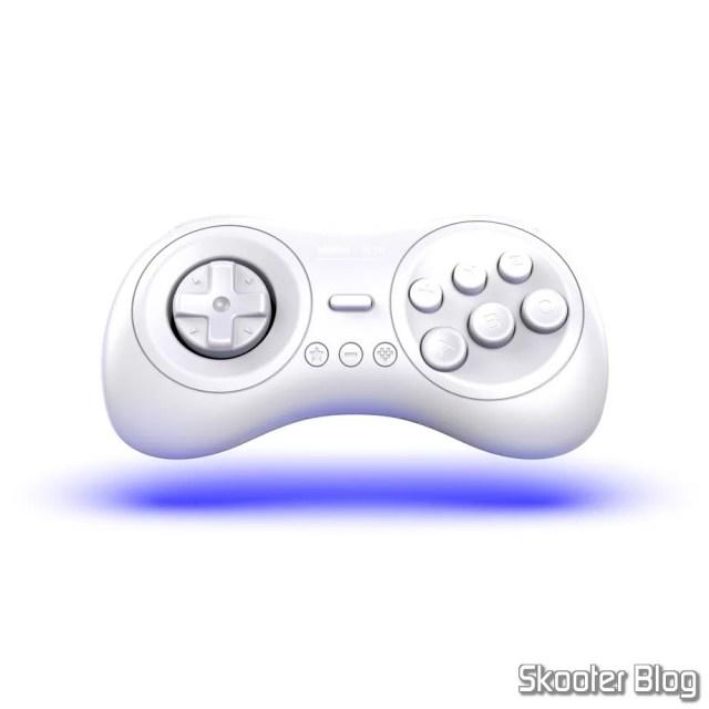 Controlador Branco da 8bitdo para o Mega Sg.