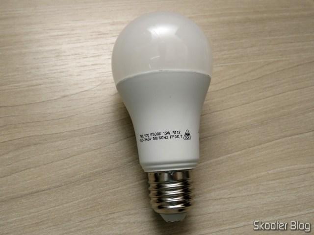 Lâmpada LED Taschibra TKL 100 15W 1507 Lúmens Bivolt 6500K.