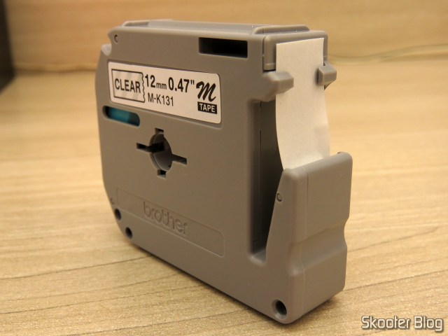 Fita p/ Rotulador M131 12mm Preto sobre Transparente Brother (Ref. M131).