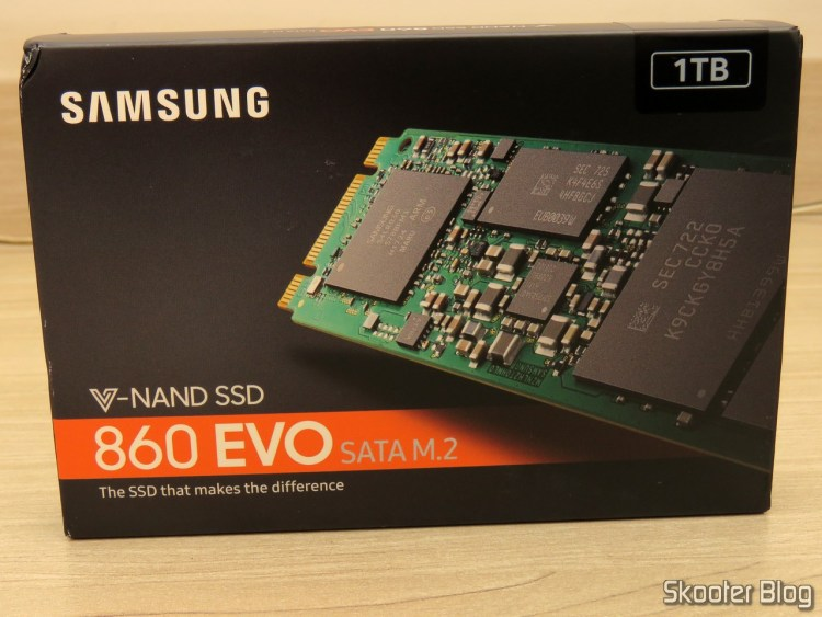 Samsung 860 EVO 1TB M.2 SATA Internal SSD (MZ-N6E1T0BW), on its packaging.