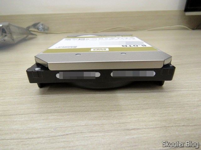 WD Gold 8TB Enterprise Class Hard Disk Drive - 7200 RPM Class SATA 6 Gb/s 256MB Cache 3.5 Inch - WD8003FRYZ.