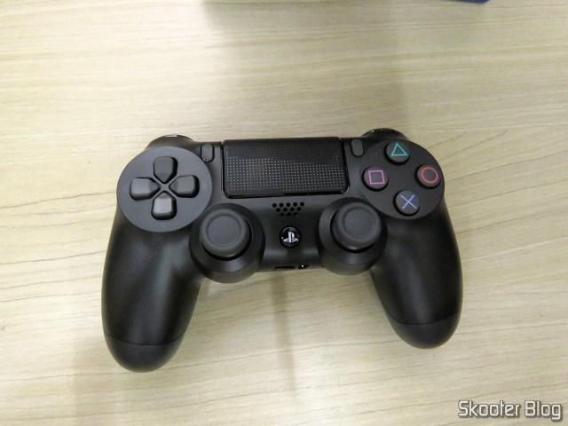 Controle para PS4 Sem Fio Dualshock 4 Sony.