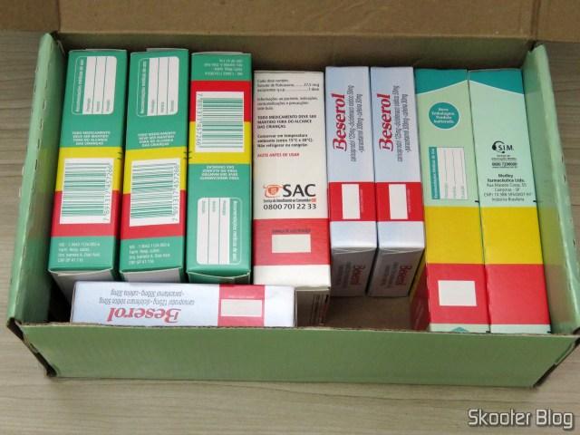 Caixa da Drogaria Nova Esperança com 3x Beserol, 2x Ácido Mefenâmico, Avamys, 3x Dicloridrato de Levocetirizina.