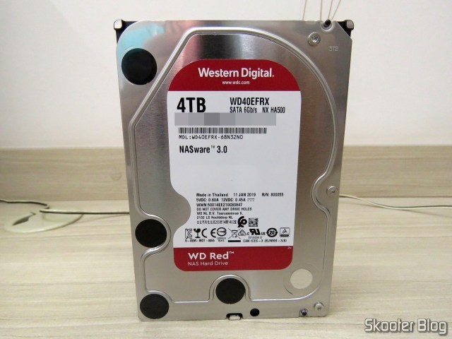 HDD Western Digital 3.5″ 4TB WD40EFRX - WD RED NAS Hard Drive.