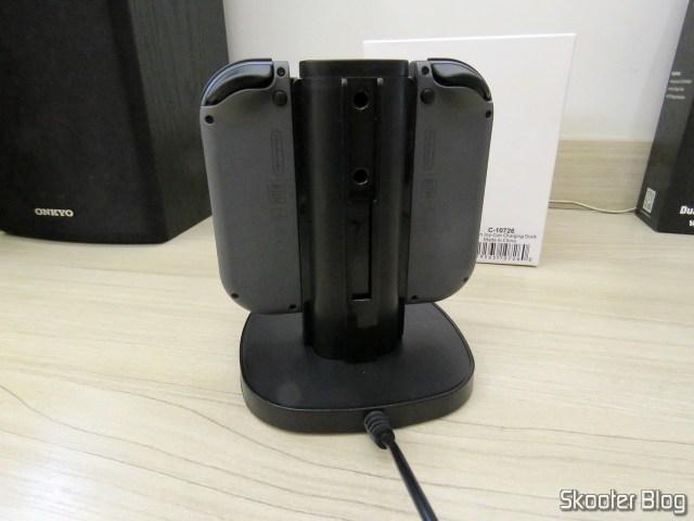 Fosmon Nintendo Switch Joy-Con Charging Dock, 4-in-1, operation.