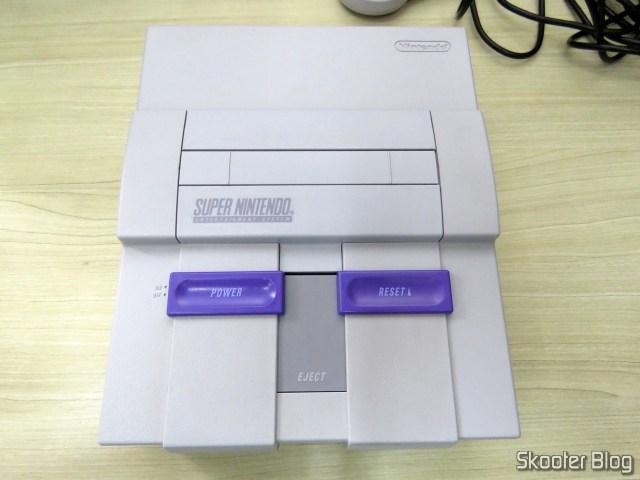 Super Nintendo, após a limpeza.