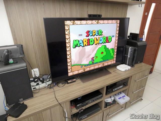 Super Nintendo Original NTSC PCB SHVC-CPU-01 CPU/PPU1/PPU2 1/1/1, conectado na TV LCD Sony 4K, através do Framemeister.