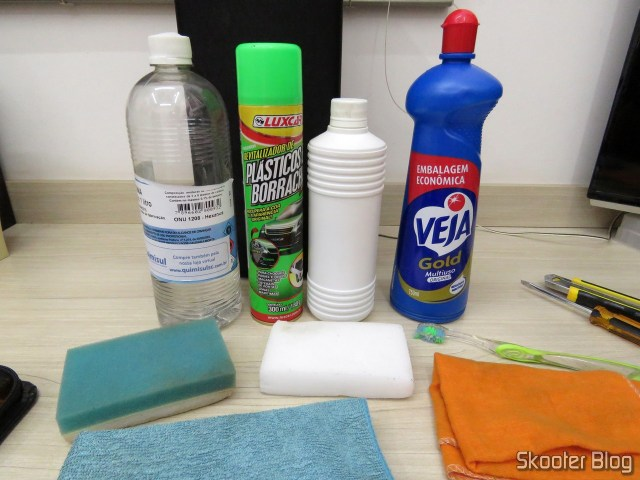 Petrol, revitalizing, Isopropyl alcohol, Look, Melamine sponge, Toothbrush, Microfiber cloth, Flannel.