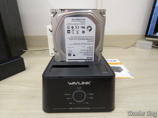 "Wavlink USB 3.0 Dual Bay Docking Station com HDD de 3.5""."