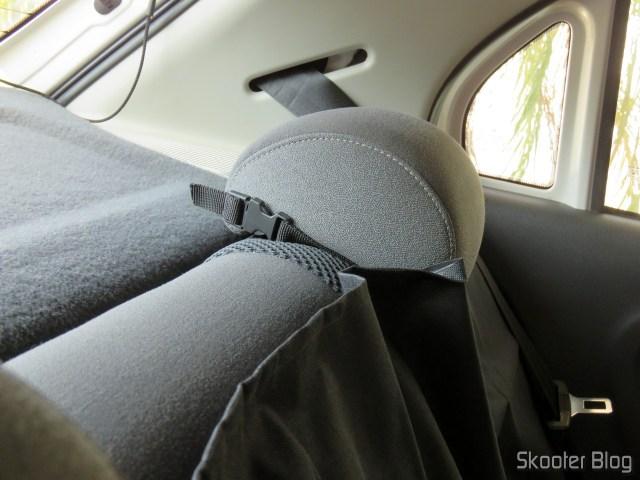 Capa Protetora para Banco Traseiro Pet & Car Impermeável Luxcar, instalada.