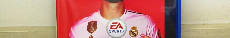 Fifa 20, do Playstation 4 (PS4), em sua embalagem.