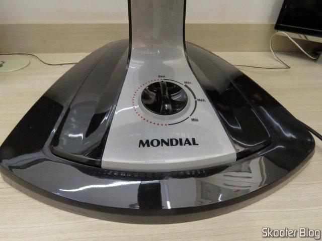 Ventilador de Mesa Mondial Turbo Force 8 40cm com 3 Velocidades - Preto - NVT-40-8P.
