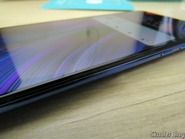 Película de Vidro Temperado H+PRO CP XD, instalada no meu Xiaomi Mi 9.
