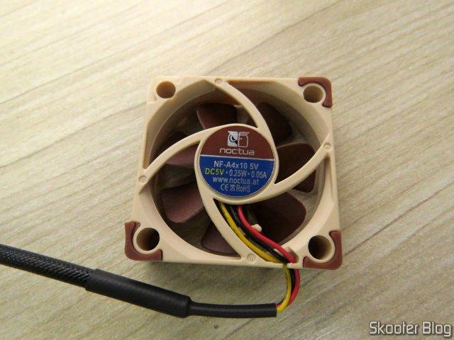 Cooler Noctua NF-A4X10-FLX 5V.