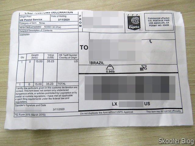 Formulário Alfandegário com o Armani 100 ml EDT Spray (Tester).