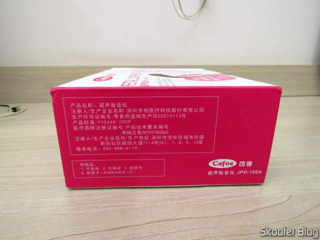 Doppler Fetal Cofoe, em sua embalagem.