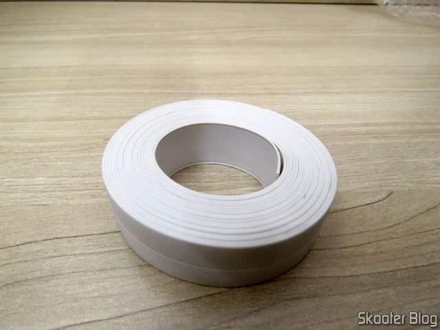 Fita Adesiva de PVC Branco à Prova D'água para Selagem de Pias, Bathtubs, etc.
