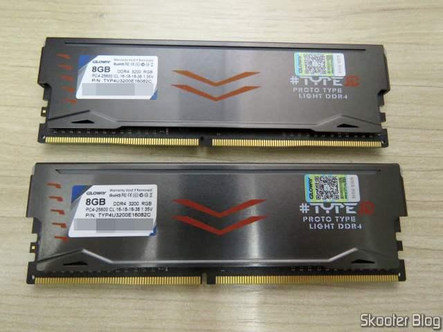 Módulos de Memória Gloway DDR4 16GB (2x8GB) 3200 MHz RGB.