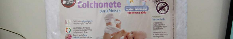 Colchonete para Moises Baby Revestimento Fibrasca Branco, em sua embalagem.