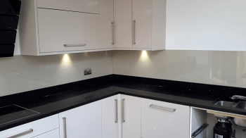 Cream Glass Splashback