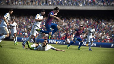 fifa13 Lionel Messi avoids tackle