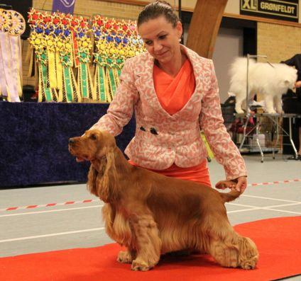 Vackra Elmelund's VIP Attitude med uppfödare och ägare Pia Elmelund