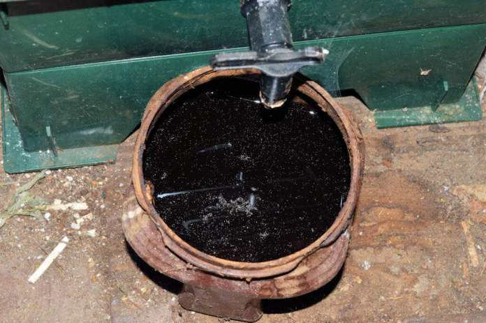 Liquid Worm Leachate Juice from Stacked Home Worm Farm