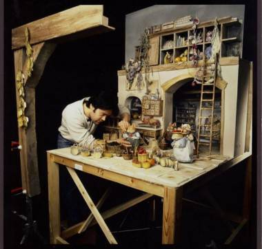 Photo: Courtesy of Paul Couvella. Still from 'Brambly Hedge (Cosgrove Hall Films/HIT Entertainment). Sometimes an animator has to bring things to life that arent just human. Animating mice, as Paul is doing here draws on years of experience and observation.