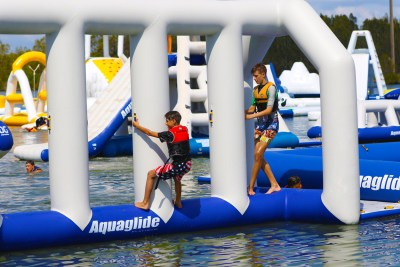 Aquaglide Neptune - Inflatable Water Play Station