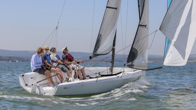 RS21 Keelboat