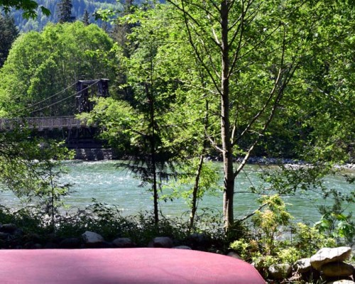 Whispering Waters cabin on Skykomish River
