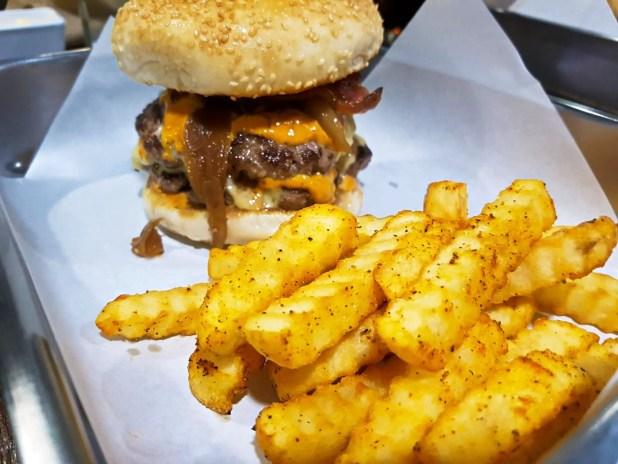 Beast Burger Hamburger